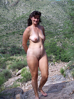 hairy ill-lighted milf amature copulation pics