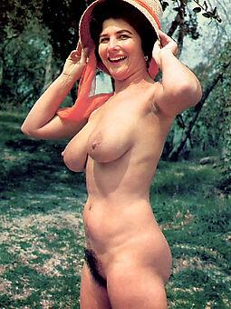 Retro pics hairy Vintage Photos
