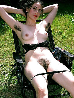 nude pictures of hairy girlfriend