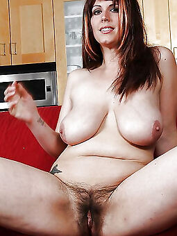 hairy chubby moms amature sex pics