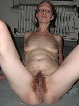 brunette hairy cunt hot porn pics
