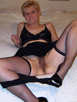 natural hairy grannies pictures