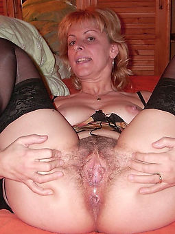 english hairy pussy porn galleries