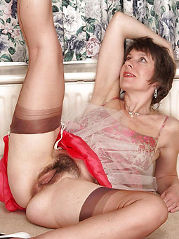 Hairy Matures Pics